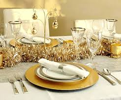 ideas how to decorate christmas table white and silver christmas table decorations stunning table settings