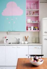 cuisine pastel repeindre des meubles de cuisine en couleur pastel