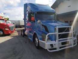 used volvo semi for sale used 2011 volvo vnl 670 tandem axle sleeper for sale in fl 1103
