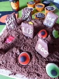 halloween cake decorating ideas graveyard halloween party ideas easybaked my idolza