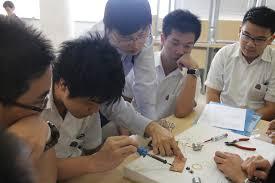 Binus Student Desk by Binus International School Serpong Students Learn To Build Robots