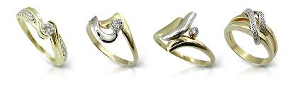 Difference Between Engagement Ring And Wedding Band by Give A Gift With Meaning A Promise Ring