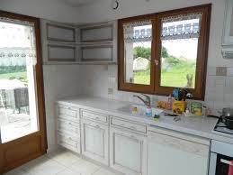 cuisine blanc cérusé agencement de cuisines en languedoc roussillon proche de mende 48