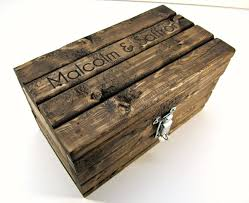 engraved keepsake box made to order personalized keepsake box with lockable latch