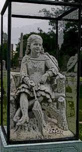 cemetery statues inez7 jpg