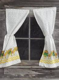 What Type Of Fabric For Curtains Vintage Curtains Drapes Drapery Fabric Hardware