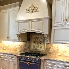 white kitchen cabinets with gold pulls what hardware goes with white cabinets notting hill