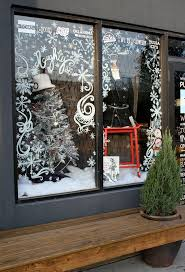 Classy Christmas Window Decorations by Painted Christmas Window Christmas Craftiness Pinterest