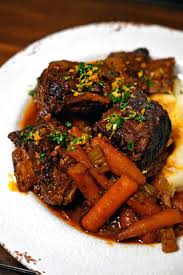 braised beef short ribs in herbed white wine sauce kevin is cooking