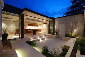 images about iluminacia n exterior gardens also garden lighting
