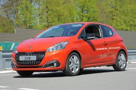 peugeot japan peugeot 208 bluehdi achieves record 2 0 l 100km fuel consumption