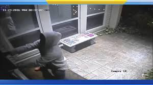 ups work on thanksgiving scary video man posed as ups driver to rob galleria area home 4