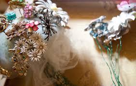 brooch bouquet tutorial diy vintage wedding brooch bouquet