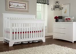 How To Convert Crib To Daybed by Broyhill Kids Messina 4 In 1 Convertible Crib Baby Safety Zone