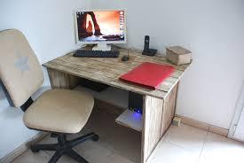 bureau bois de fabriquer bureau en bois avec chambre bureau palette bureau en