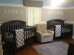 chambre bebe jumeaux idee deco chambre bebe garcon peinture chambre bebe jumeaux en