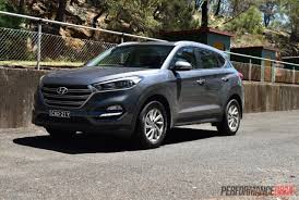 hyundai tucson 2016 hyundai tucson 1 6t petrol vs crdi diesel comparison video