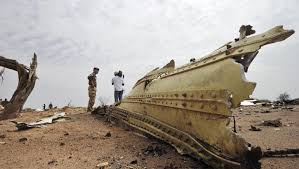 bureau enqu e avion crash du vol air algérie la responsabilité de l équipage en