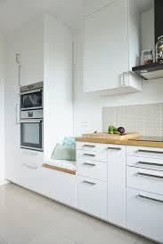 decorer cuisine toute blanche charmant cuisine toute blanche avec les sols stratifias