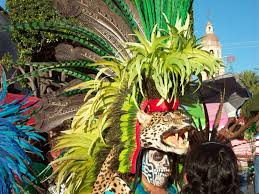 imagenes penachos aztecas yaokuikatl copilli o penacho