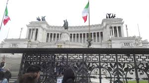 wedding cake building rome victor emmanuel ii monument wedding cake rome italy