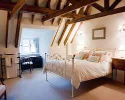 English Cottage Bedroom Houzz - English bedroom design