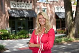winter garden florida real estate agent tara moore realtor
