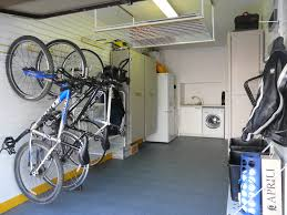 only a single garage but still with bags of room thanks to a