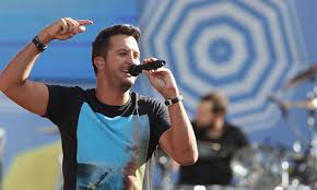luke bryan to play nfl s thanksgiving day halftime show