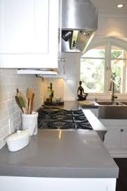 Countertops For Kitchen by Tips For Choosing Quartz Kitchen Countertops Silestone
