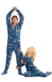 must own wars footed pajamas geektyrant