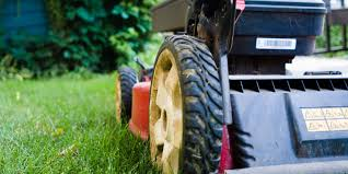 Lawn Care Gadgets by Lawn Mower Repair Lawn Mower Tuneup How To Fix A Lawn Mower