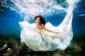 wedding photographs underwater wedding photographs 2 stylish
