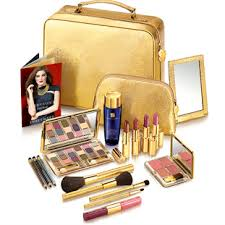 coach makeup bag and estee lauder giveaway