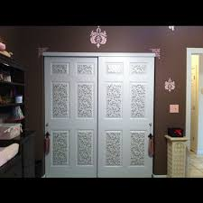 32 posters to decorate closet doors small space decoration