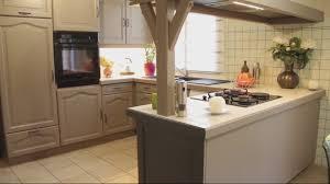 comment repeindre une cuisine repeindre cuisine en chene awesome peindre cuisine chene en blanc
