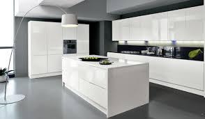 photo cuisine blanche cuisine blanc laque avec ilot moderne inspirations blanche central
