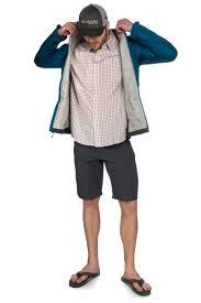 model wearing columbia pfg mesh hat patagonia gallegos mens shirt