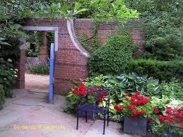 flower garden house