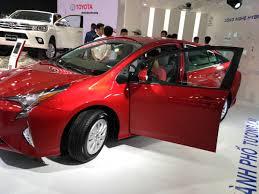 xe lexus chay bang dien động cơ hybird lai xăng pha điện kỷ nguyên mới cho ngành xe hơi