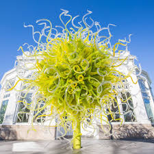 Ny Botanic Gardens Dale Chihuly S Glass Sculptures Takeover The New York Botanical