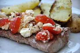 cuisine grecque recette steak à la grecque au barbecue recette grecque ideoz voyages