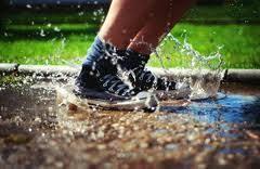 foto bagnate cosa fare per non rovinare scarpe bagnate