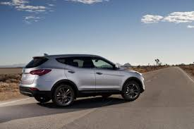 hyundai santa fe 2013 mpg 2013 hyundai santa fe sport blends fuel efficiency and driveability