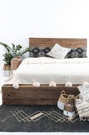 Low Platform Bed Plans by 25 Best Queen Bed Frames Ideas On Pinterest Queen Platform Bed