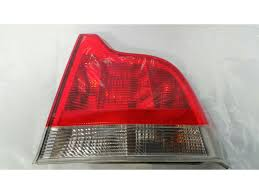 volvo s60 tail light assembly volvo s60 2000 to 2003 l assembly rear rh petrol automatic