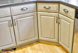 How To Antique Paint Kitchen Cabinets Homeroad Chalk Painted Kitchen Cabinets