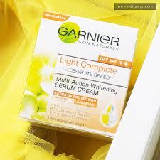 Pelembab Citra Warna Kuning tantangan lebih cerah dalam 3 hari dengan garnier light complete