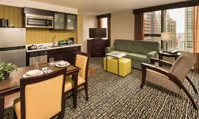 Comfort Suites Downtown Chicago Homewood Suites Magnificent Mile Hotel In Downtown Chicago