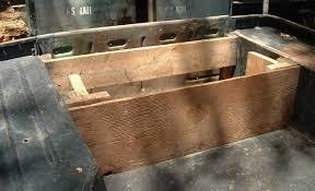 jeep wood box 082305 p1 teardown08 jpg